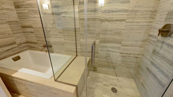Venetian Condos Gallery Image